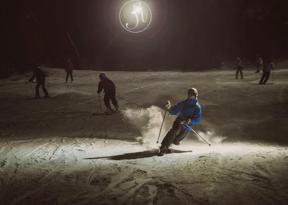 Tememark Skiing at night