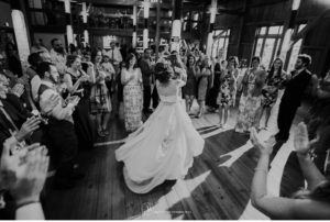 062-sanderson-images-Harvest-View-barn-hershey-wedding-photos-vintage-barn