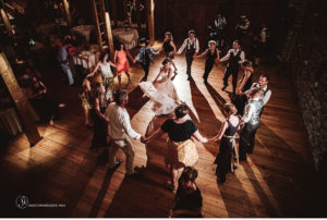 070-sanderson-images-Harvest-View-barn-hershey-wedding-photos-vintage-barn