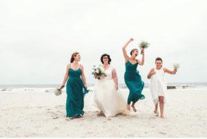 031-sanderson-images-ocean-city-beach-wedding-photographer-plus-size-bride-vintage